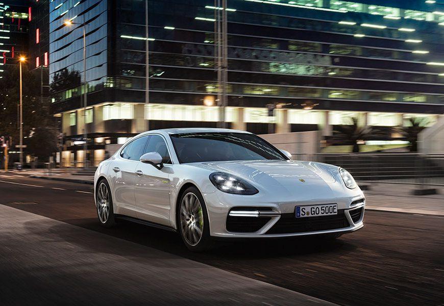 Porsche Panamera Turbo S E-Hybrid to Premiere in Geneva